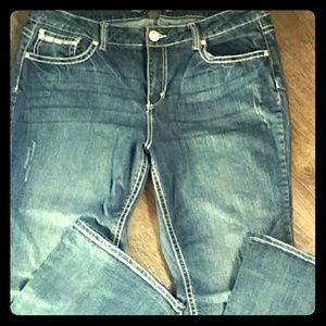 Indigo super cute distressed jeans